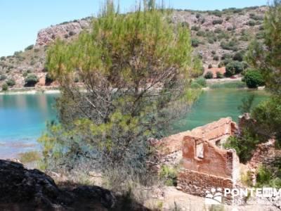 Parque Natural de las Lagunas de Ruidera - Ruidera; viajes culturales por españa; rutas madrid send